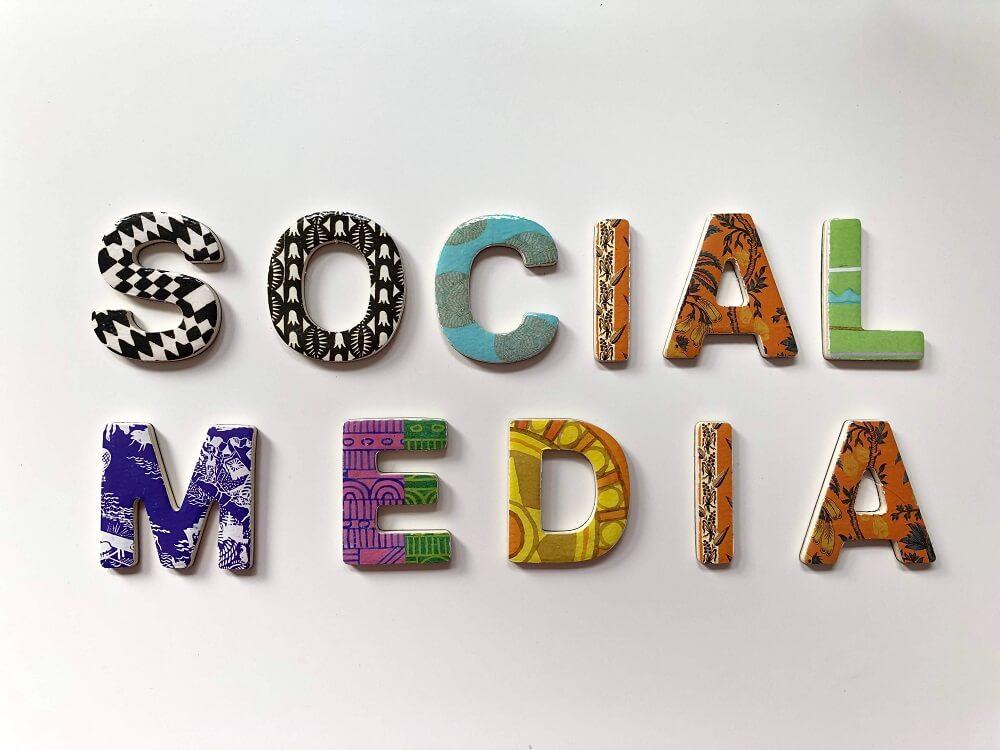 Közösségi média menedzsment - Profi WebDesign